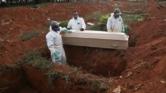 عودة رجل إلى الحياة بعد وفاته بكورونا وتجهيزه للدفن