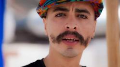الممثل هاشم البسطاوي بعد اعتزاله يخصص جل وقته للعبادة والتقرب من الله